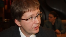 Agentura.ru веб-сайтының редакторы, Ресейдің арнайы қызметі туралы бірнеше кітаптың авторы Андрей Солдатов.