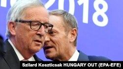 Голова Європейської ради Дональд Туск (п) і президент Єврокомісії Жан-Клод Юнкер