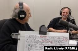 Соломон Волков и Александр Генис в Нью-йоркской студии Радио Свобода. 2011 год.