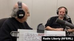 Александр Генис и Соломон Волков в нью-йоркской студии Радио Свобода