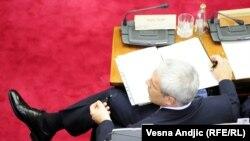 Predsednik Srbije Boris Tadić tokom rasprave o odluci MSP u Skupštini Srbije, 26. juli 2010.