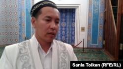 Амантай Садиев Атырау облысының бас имамы. Атырау, 12 қыркүйек 2012 жыл.