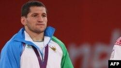 Bronza medali olgan o'zbekistonlik kurashchi Soslan Tigiyev.