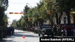 По случаю возвращения добровольцев, которые воевали на стороне ополченцев юго-востока Украины, в Цхинвале был устроен официальный прием