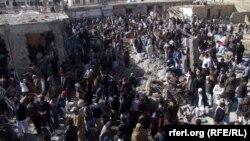 На месте теракта в Кветте. Пакистан, 17 февраля 2013 года.