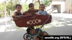 Дети в столице Ташкенте. Иллюстративное фото.