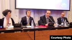 კოკი იონათამიშვილი (მარჯვნიდან მეორე) ადგილობრივი ეკონომიკური განვითარების საერთაშორისო ფორუმი