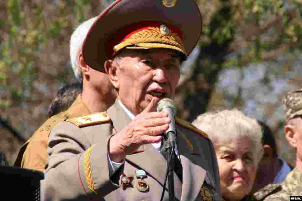 Участник войны в Афганистане генерал-майор Марат Калматаев.