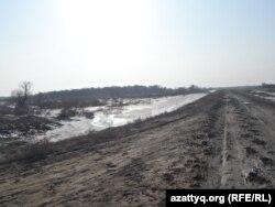 В роще Кунтай недалеко от села Байыркум Арысского района Южно-Казахстанской области.