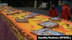 Илхам Алиевдин 51 жылдыгына арналып жасалган торт, 2012-жыл