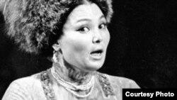 Казахская певица Роза Багланова.