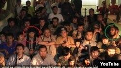 """Скриншот видеозаписи с YouTube о """"казахстанских джихадистах в Сирии""""."""