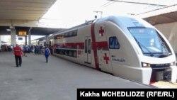 თბილისი-ბათუმის სამგზავრო მატარებელი