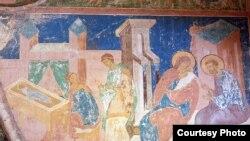 11 лет подряд Юрий Холдин ездил в Ферапонтов монастырь, чтобы снимать фрески храма Рождества Богородицы, расписанного Дионисием с сыновьями