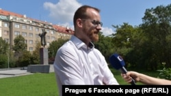 За словами голови празького району, головну загрозу для себе він бачить із боку радикальних противників його дій у самій Чехії
