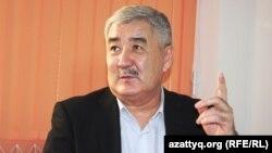 Саясаткер Әміржан Қосанов. Алматы, 10 желтоқсан 2013 жыл.