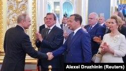 Лицом к событию. Почетные проводы Путина в последний срок