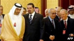 نمایندگان جناح های درگیر لبنان گفته اند که توافق های انجام شده راه را برای انتخاب فرمانده ارتش، ژنرال ميشل سليمان به عنوان رييس جمهوری لبنان هموار کرده است. (عکس از AFP)