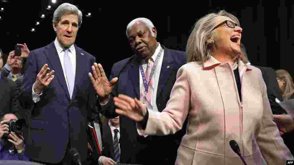 Джон Керри и Хиллари Клинтон, 2013