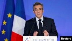 Фаронса - Франсуа Фийон, номзади муҳофизакор дар интихоботи зудраси Фаронса.