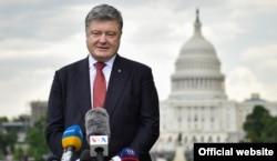 Президент України Петро Порошенко під час прес-конференції у Вашингтоні, 21 червня 2017 року