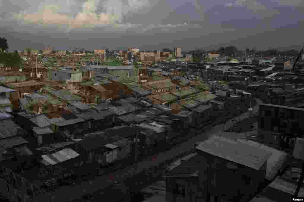 Будинки у цих районах зроблені зі сміття і крадених матеріалів