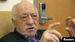 Fethullah Gulen speaks to journalists at his home in Saylorsburg, Pennsylvania, on July 16.