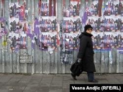 Predizborni plakati u Beogradu - ilustracija