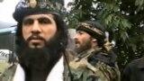 Амир ибн аль-Хаттаб (слева), полевой командир