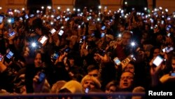 Budapeştdə internet vergisi əleyhinə nümayiş