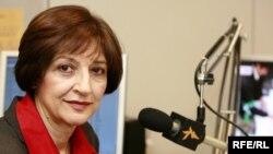 دادگاهی در ايران نازی عظيما، گزارشگر راديو فردا را به اتهام تبليغ عليه نظام به يک سال حبس تعزيری محکوم کرده است.( عکس: رادیو اروپای آزاد/ رادیو آزادی)