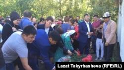 Москвада өрттөн каза болгондорду эскерүү, 28-август, 2016-жыл.