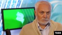 "Баш мөхаррир Рөстәм Арифҗанов ""Әл-РТВ"" студиясендә"