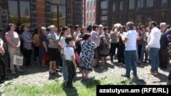 «Սաստեքս» ընկերության աշխատակիցների բողոքի ակցիան, Գյումրի, 31-ը մայիսի, 2019թ.