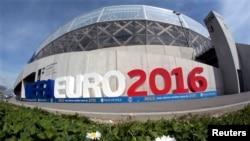 Stadiumi Allianz Riviera