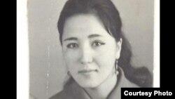 Шарапат Турдакунованын жаш кези (үй-бүлөлүк архивден)