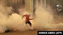 دفاع مدنی لبنان میگوید در ادامه خشونتها دستکم ۳۶ تن دیگر زخمی شدهاند. نیروهای امنیتی نیز میگویند ۲۰ تن از ماموران زخمی و به مراکز درمانی انتقال یافتهاند.