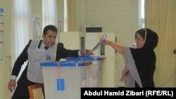 Pamje nga votimet në Irak