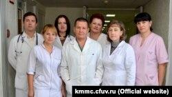 Коллектив терапевтического отделения крымского медицинского многопрофильного центра Святителя Луки