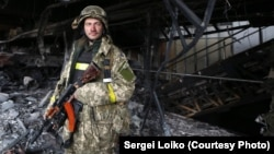 «Кіборги» (українські солдати, які захищають донецький аеропорт)