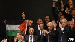 """БҰҰ Бас ассамблеясы Палестинаға """"бақылаушы мемлекет"""" мәртебесін беруді дауысқа салу кезінде. Нью-Йорк, 29 қараша 2012 жыл."""