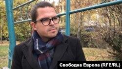 Д-р Наков, който се пребори за правото си на работа с бюрокрацията и дискриминацията