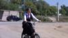 Таджички на велосипедах оставляют табу в прошлом