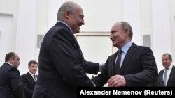 Беларусь президенті Александр Лукашенко мен Ресей президенті Владимир Путин. Мәскеу, 25 желтоқсан 2018 жыл.