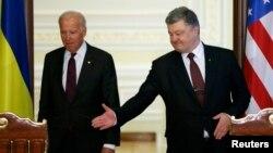 Джозеф Байден і Петро Порошенко. Київ, 16 січня 2017 року