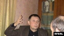 Аўтар у гасьцях у Сяргея Ханжанкова