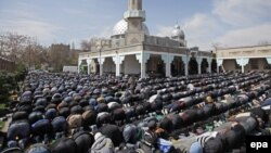 """There have been calls in Kyrgyzstan for Muslim leaders to combat religious extremism by explaining to young people """"the values of traditional Islam."""" (file photo)"""