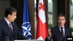 Генсек встретился с президентом Грузии Михаилом Саакашвили