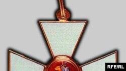 Георгиевские кресты сегодня особенно популярны на рынке