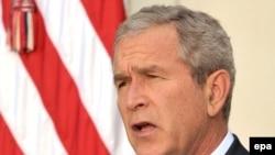 АҚШ президенті Грузиядағы жағдайға байланысты АҚ үйде мәлімдеме жасады. 11тамыз, 2008 жыл